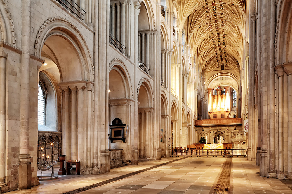 Norwich Cathedral nave 3 - Copyright Paul Hurst all rights reserved.